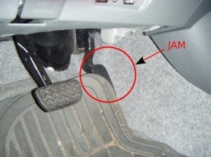 Floor mat interfering with the accelerator pedal